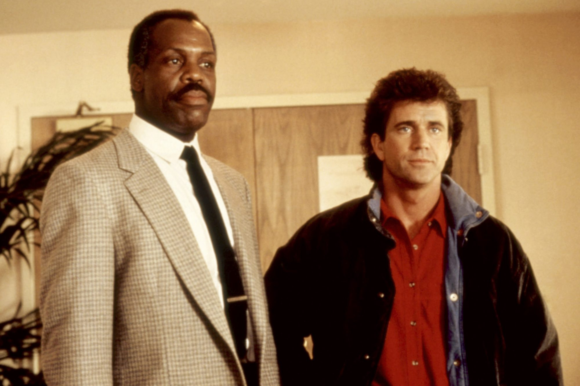 LETHAL WEAPON, Danny Glover, Mel Gibson, 1987. ©Warner Bros./courtesy Everett Collection
