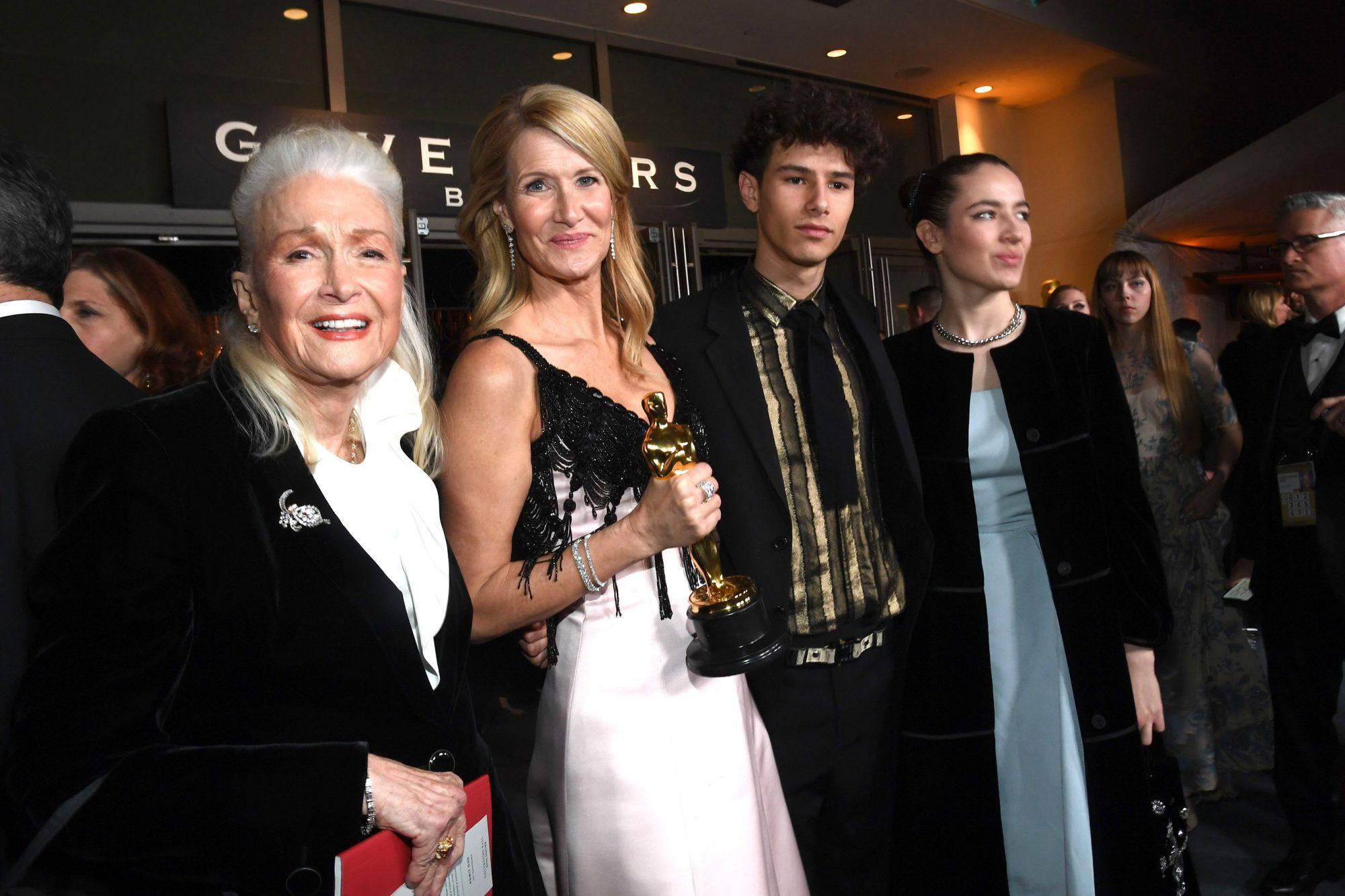 Diane Ladd, Laura Dern, Ellery Harper and Jaya Harper