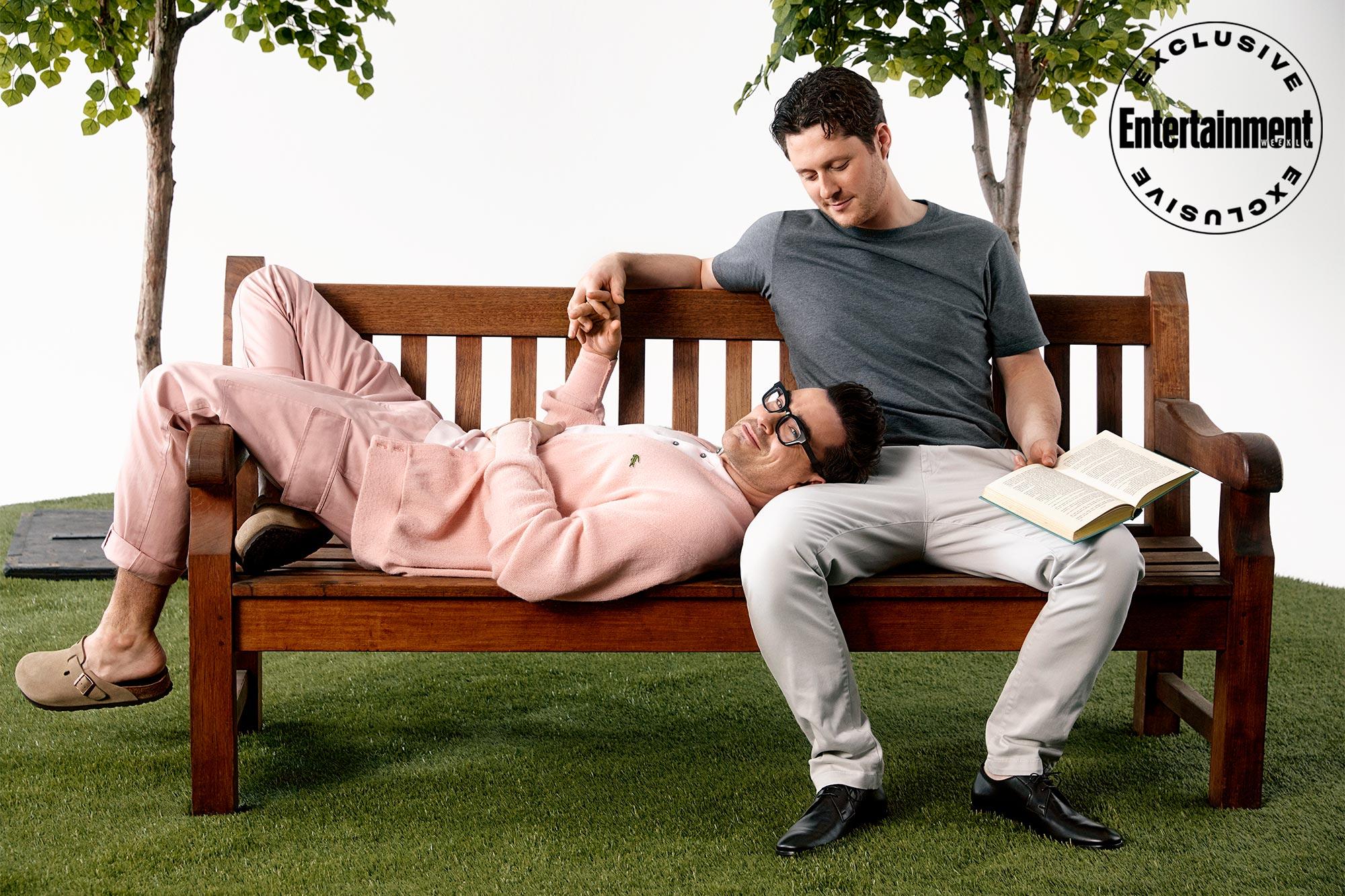 Schitt's Creek stars Dan Levy, Noah Reid recreate classic movie romance scenes