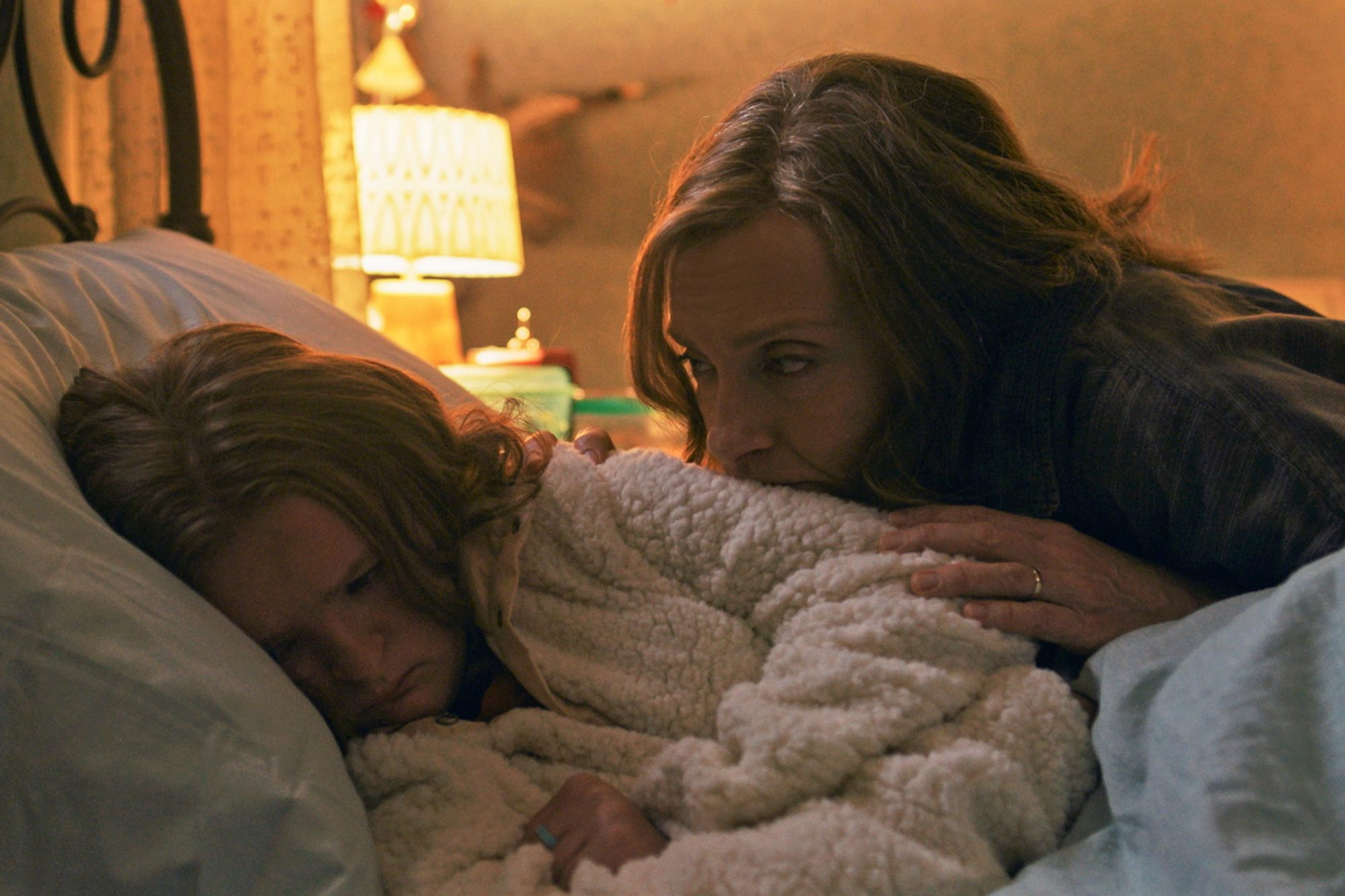 HereditaryMilly Shapiro and Toni Collette
