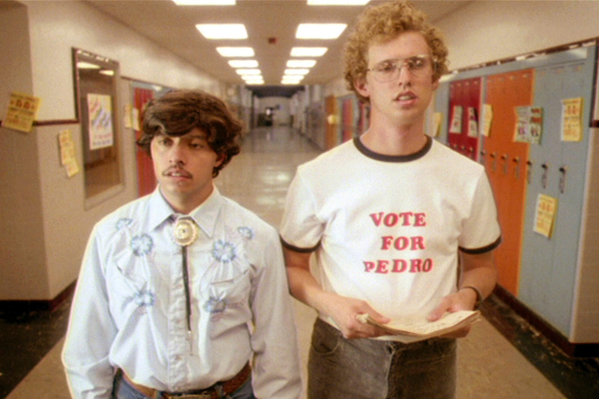 NAPOLEON DYNAMITE, Efren Ramirez, Jon Heder, 2004, (c) Fox Searchlight/courtesy Everett Collection