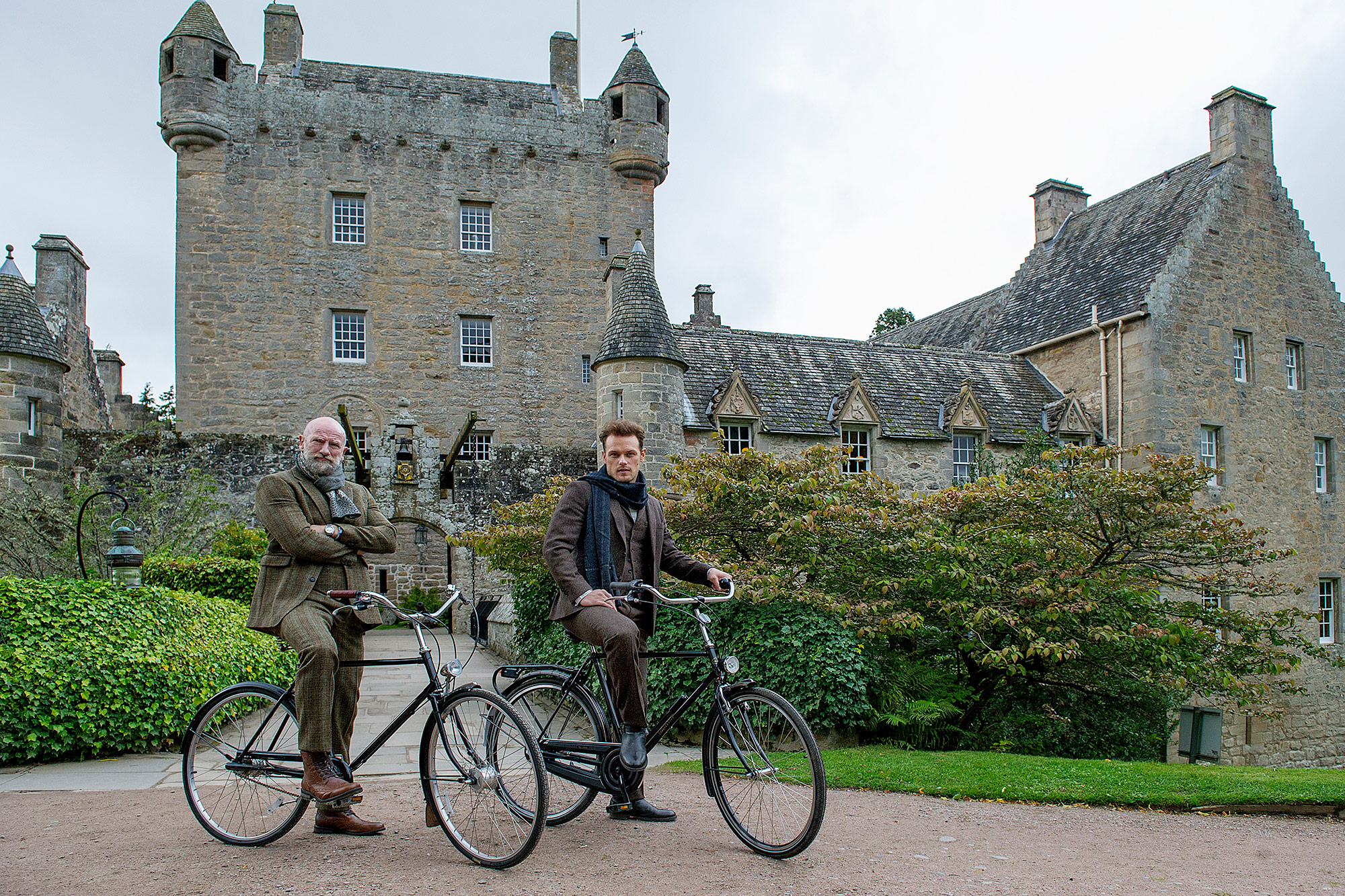 Clanlands filming at Cawdor Castle with Sam Heughan and Graham McTavish