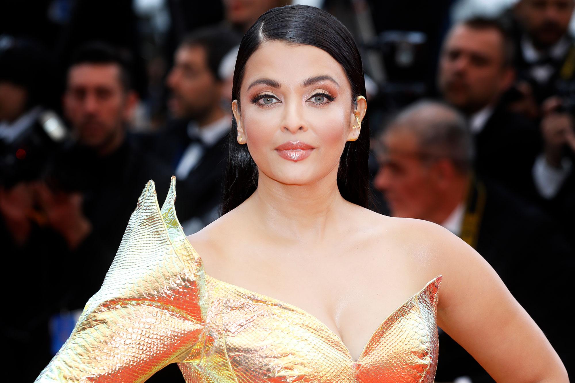 Bollywood star Aishwarya Rai Bachchan tests positive for coronavirus |  EW.com