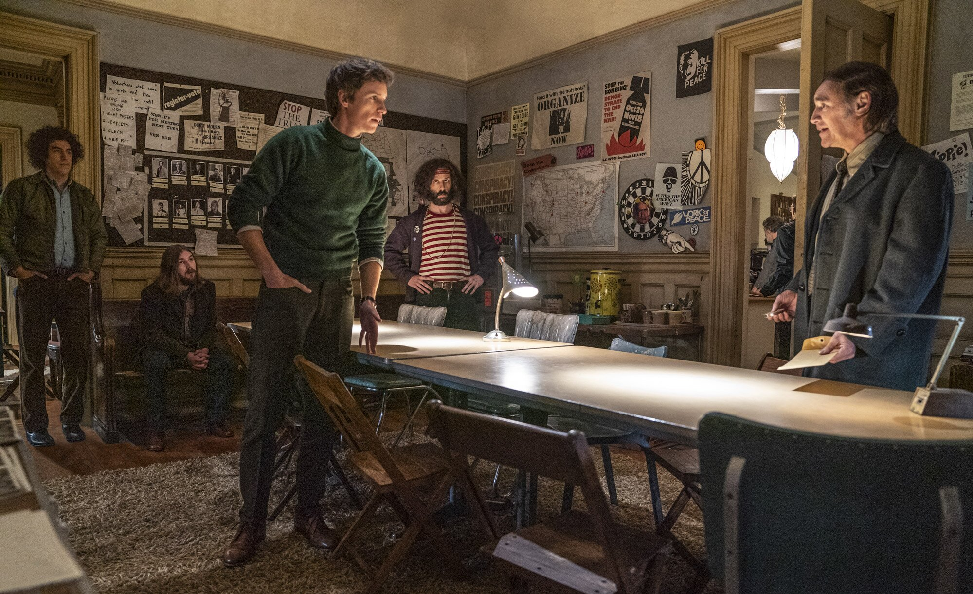 Aaron Sorkin's Trial of the Chicago 7 drops first look at '60s-set Netflix  film | EW.com