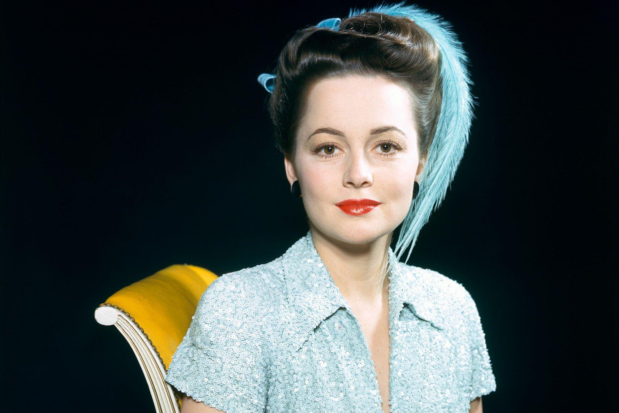 Gone With The Wind Star Olivia De Havilland Dies At 104 Ew Com