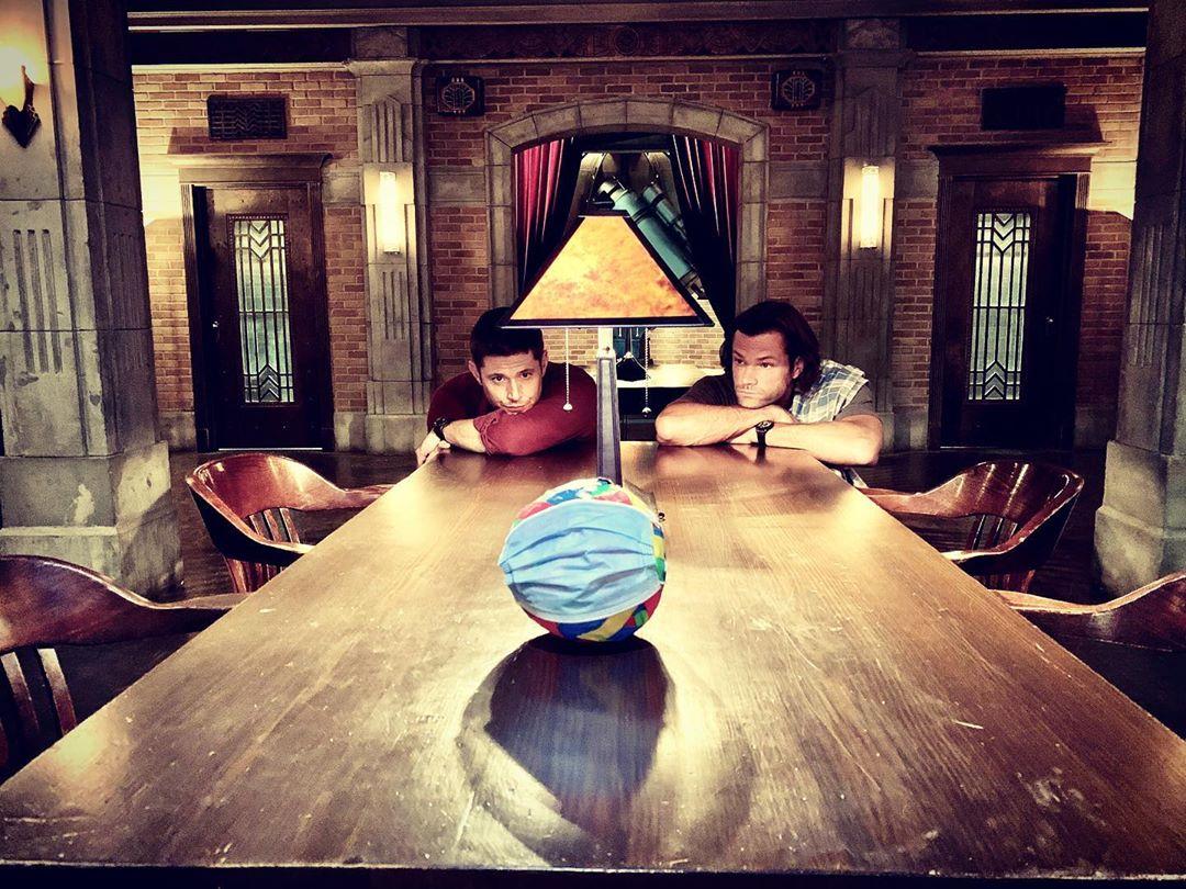 Jensen Ackles, Jared Padalecki return to 'Supernatural' set to film final episodes