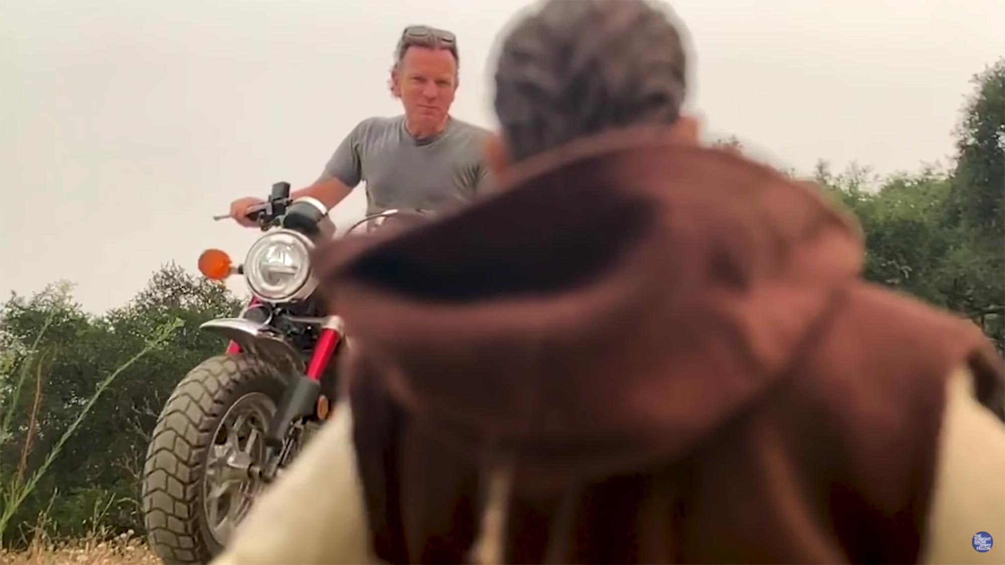 Ewan McGregor's Epic Motorcycle Stunt for the Tonight Show