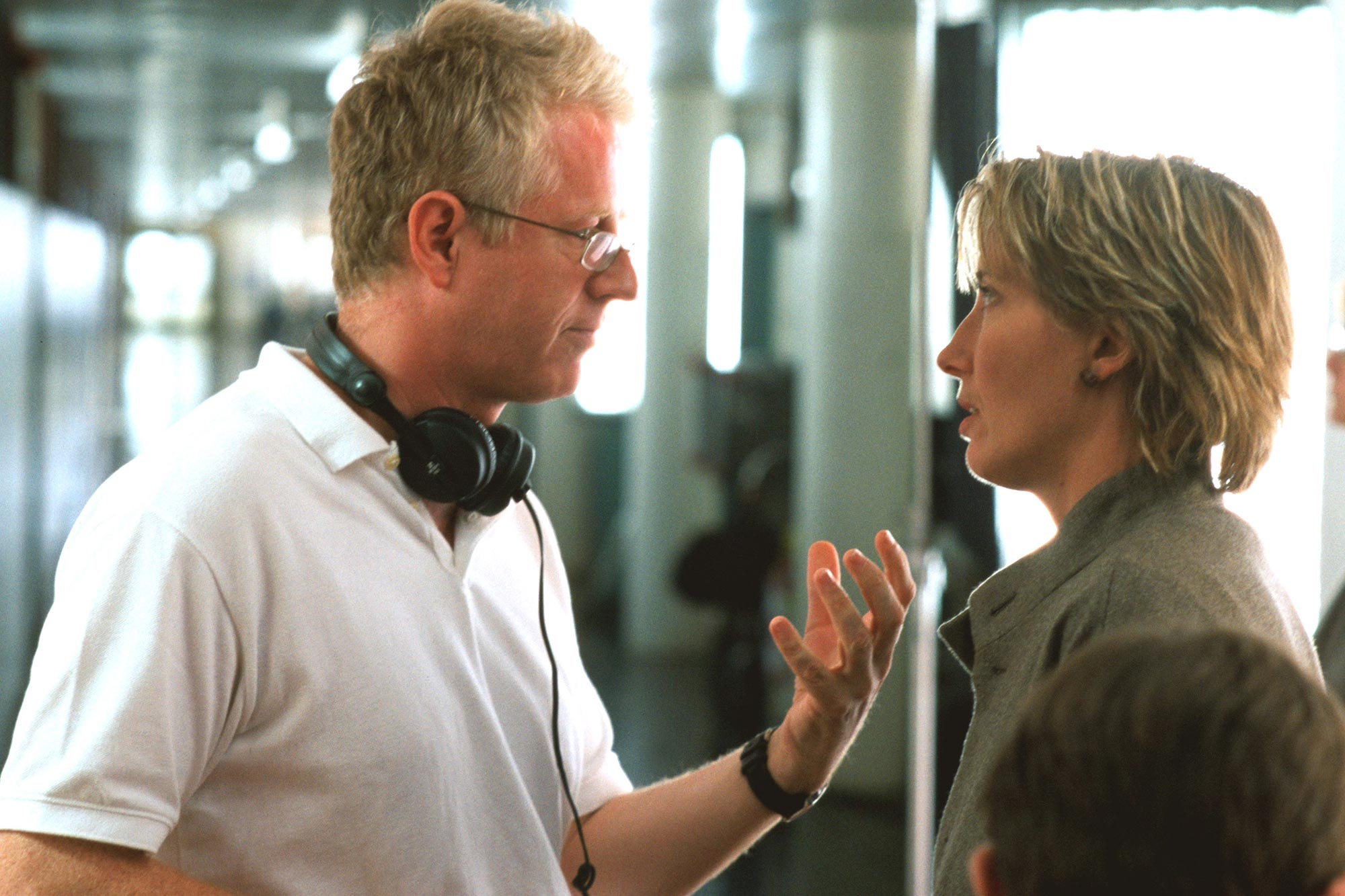 LOVE ACTUALLY, Director Richard Curtis, Emma Thompson on the set, 2003