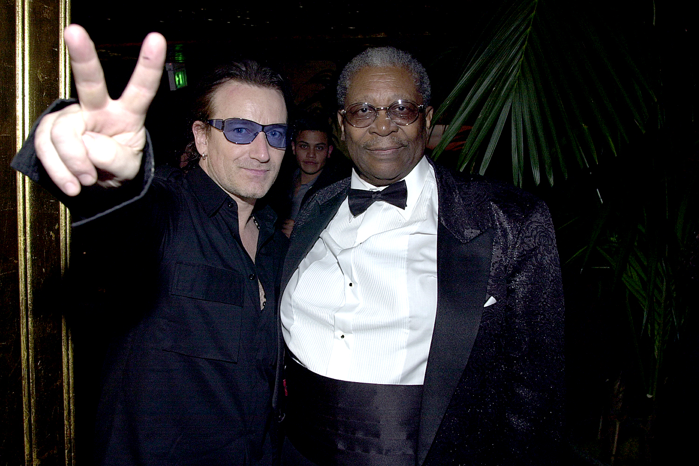 Bono & B.B. King during The 43rd Annual GRAMMY Awards