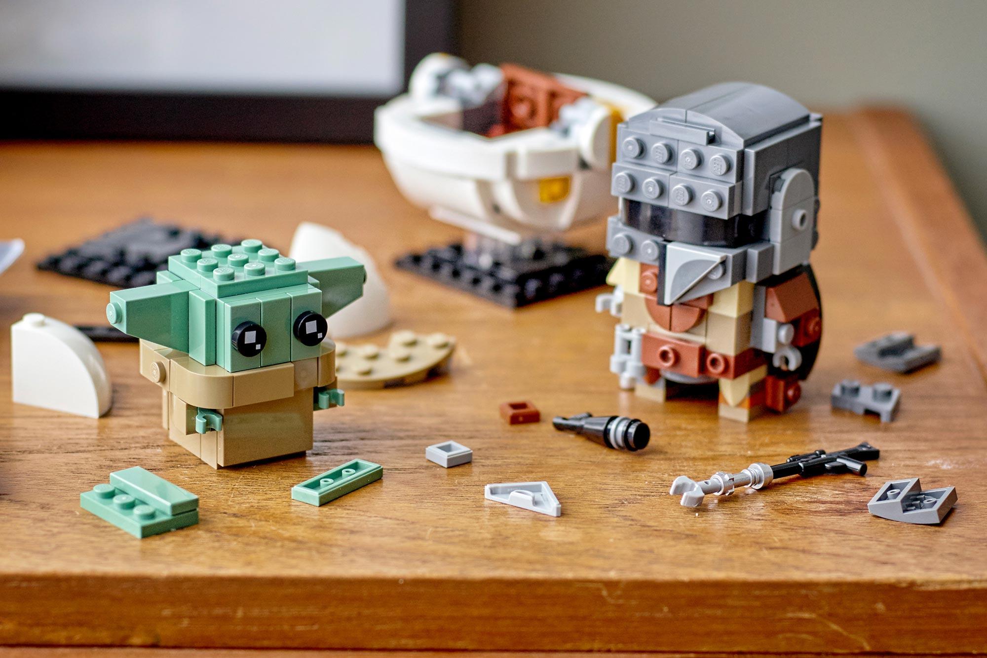 The Mandalorian LEGO Baby Yoda mini-figure set