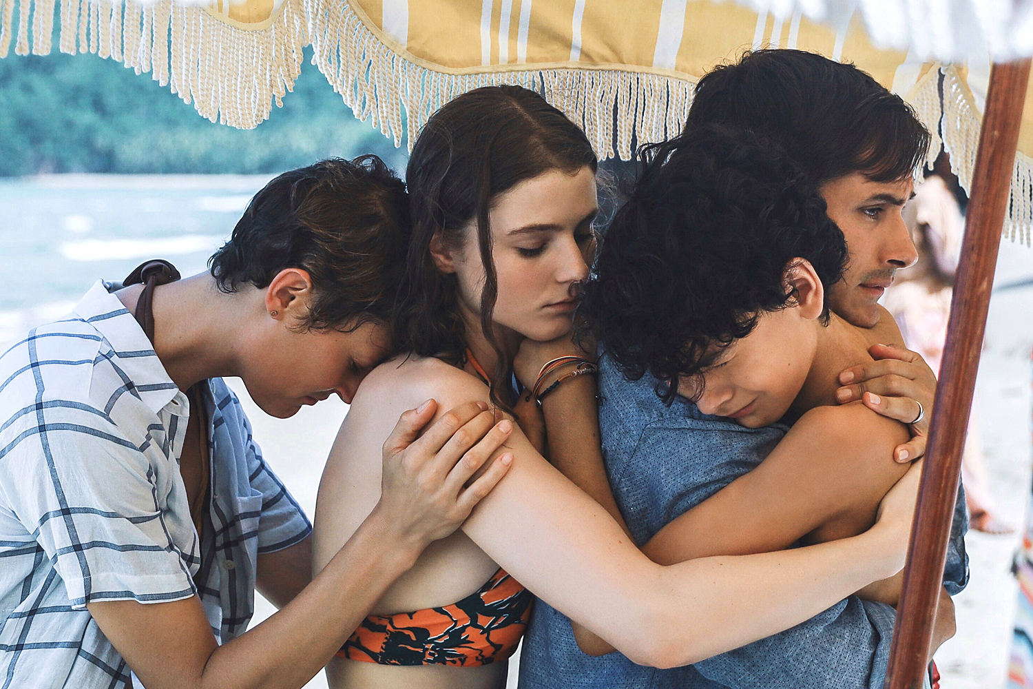 (from left) Prisca (Vicky Krieps), Maddox (Thomasin McKenzie), Guy (Gael García Bernal) and Trent (Luca Faustino Rodriguez) in Old