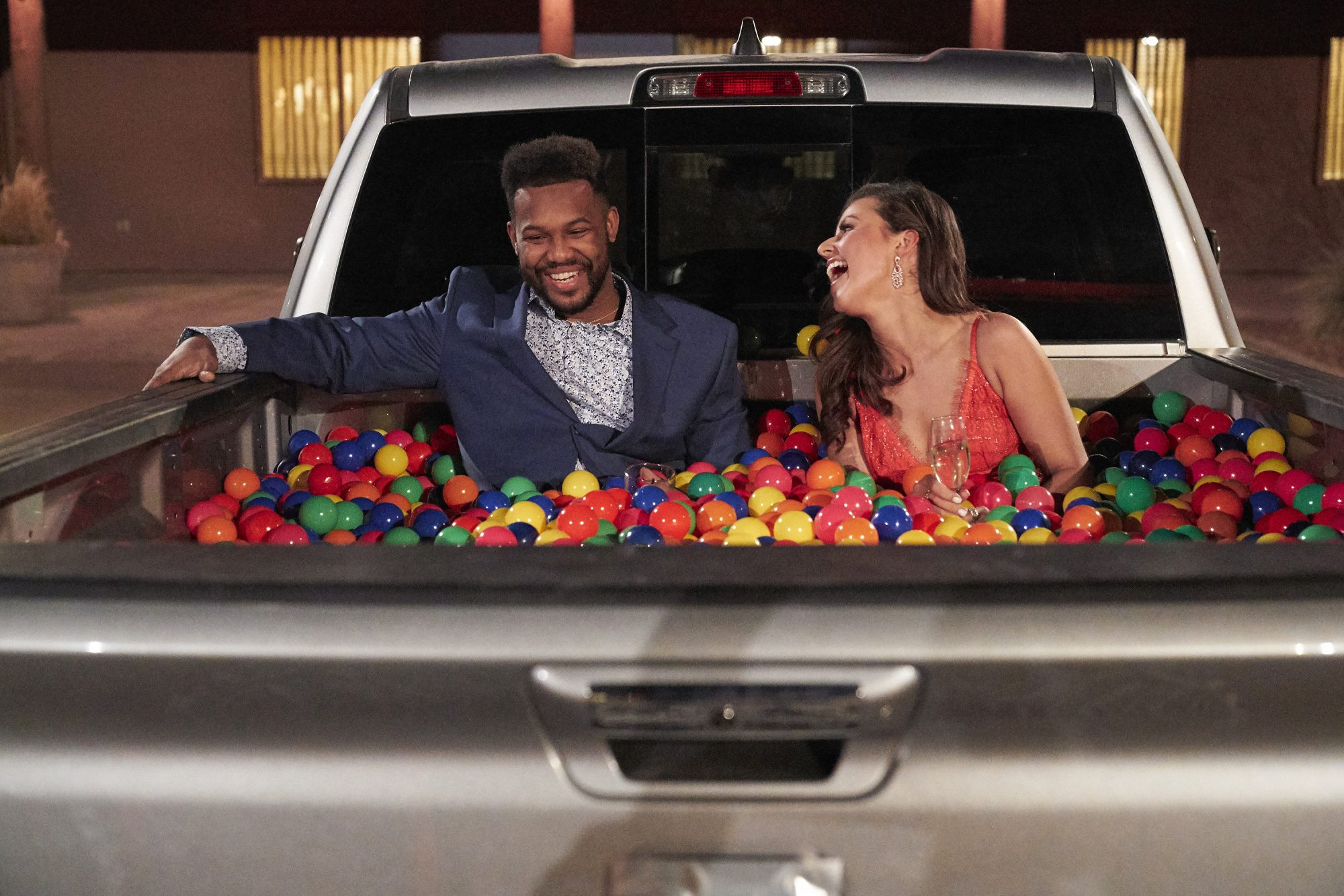 <em>The Bachelorette</em> season premiere recap: Katie has a ball