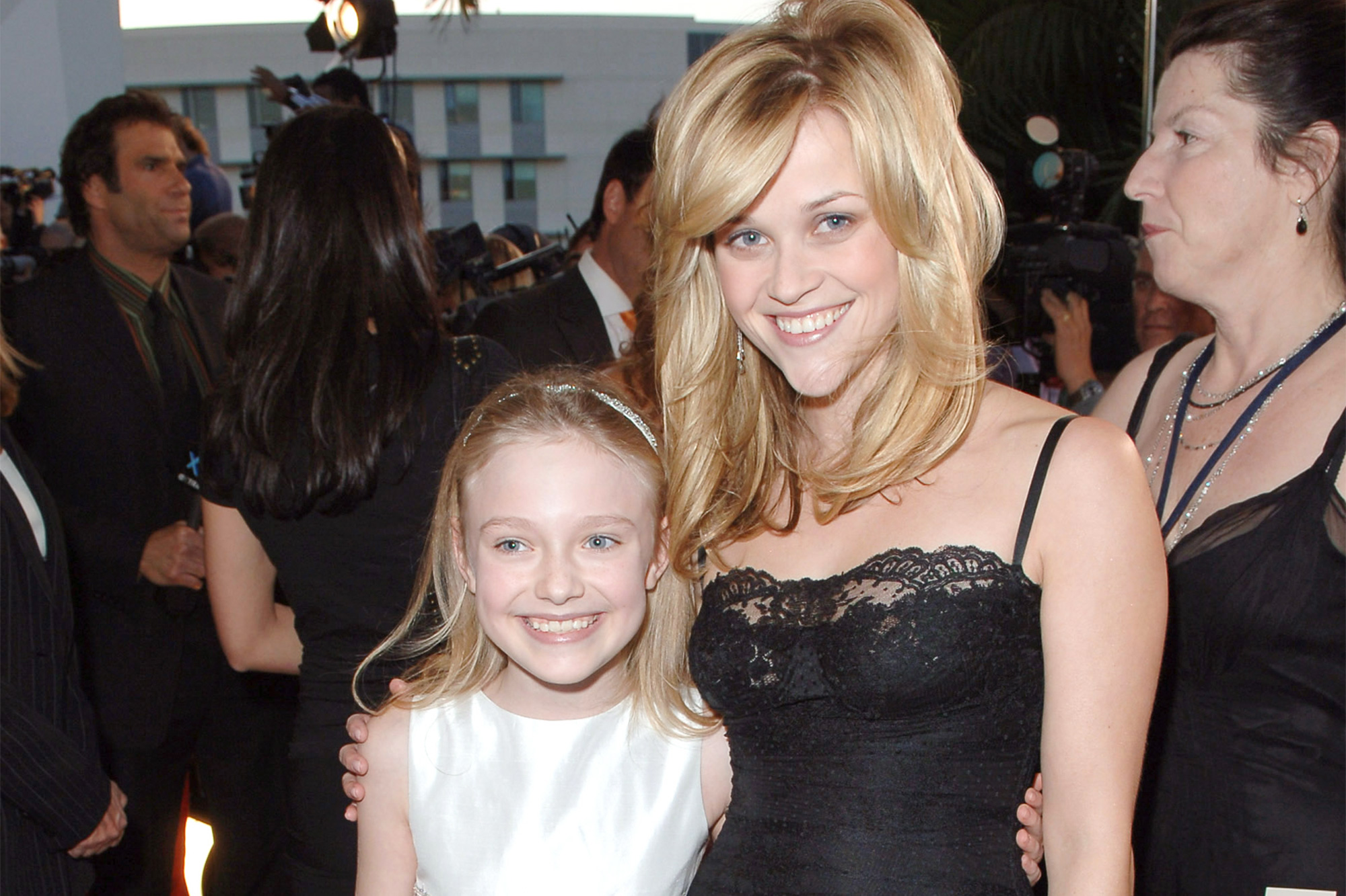 Dakota Fanning and Reese Witherspoon