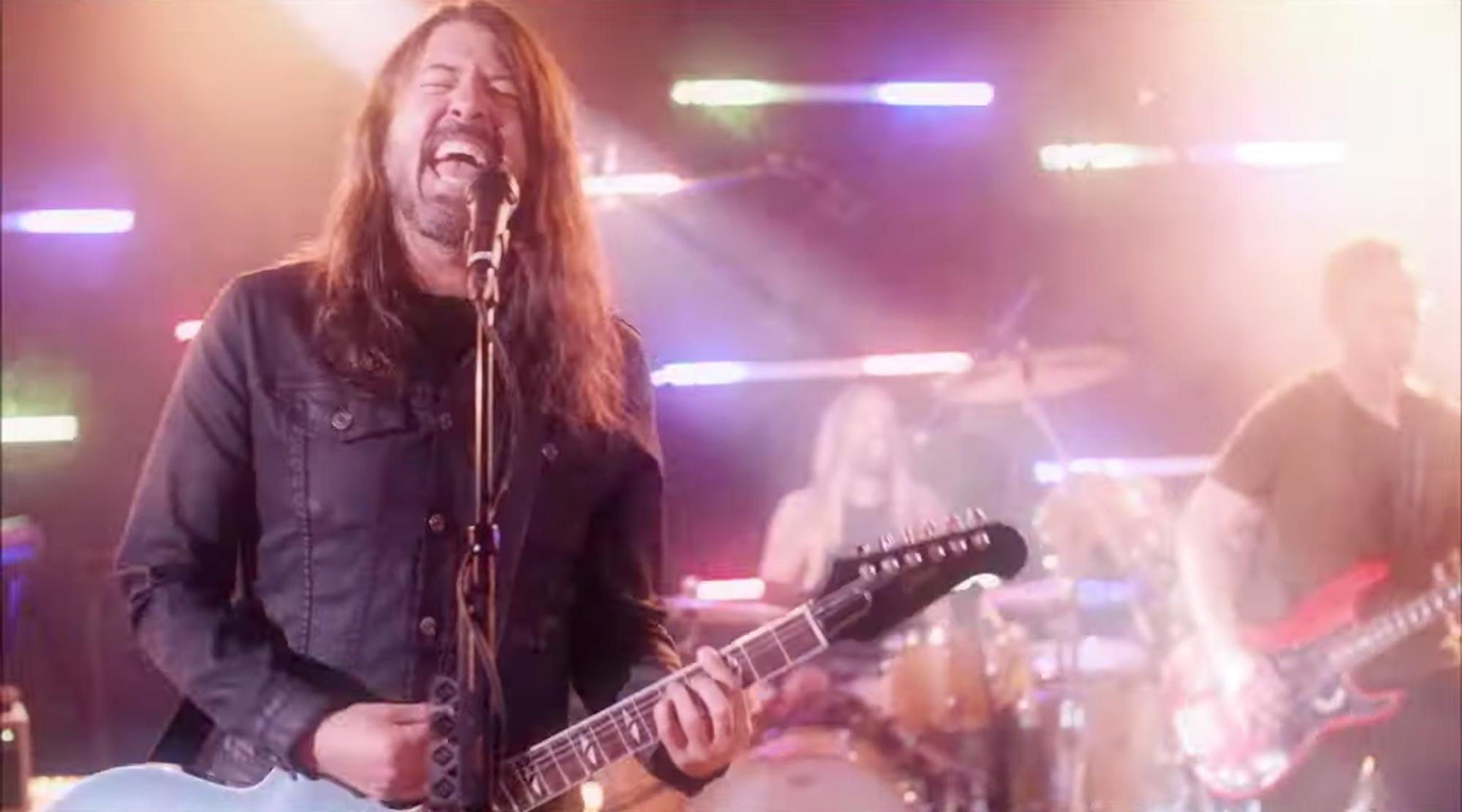 Foo Fighters cover Bee Gees You Should Be Dancing