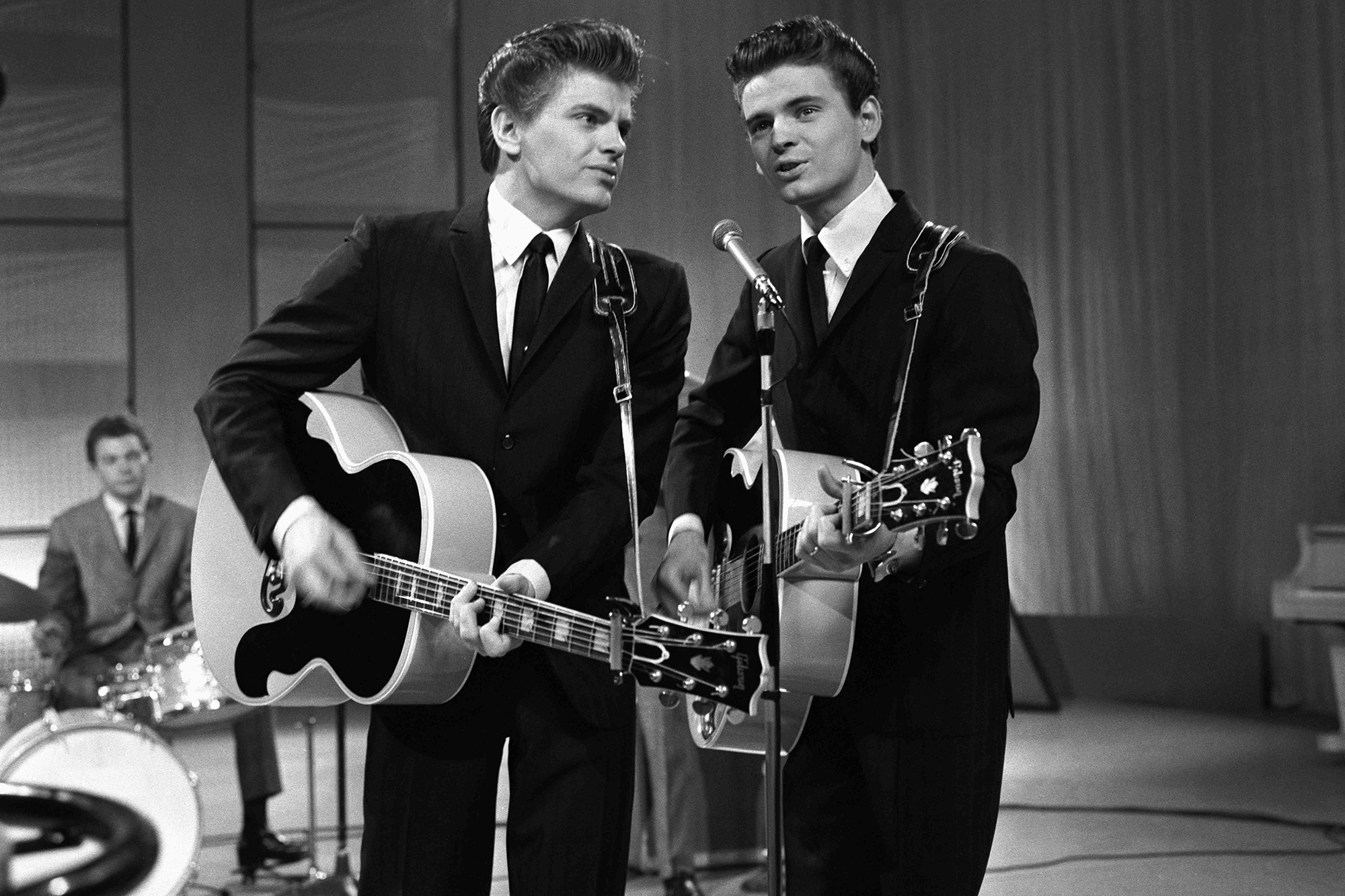 The Everly Brothers, (L-R) Phil Everly and Don Everly, performing on TV show, 1 April 1960.