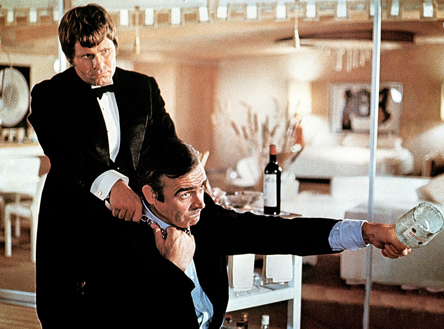 DIAMONDS ARE FOREVER, Bruce Glover, Sean Connery, 1971