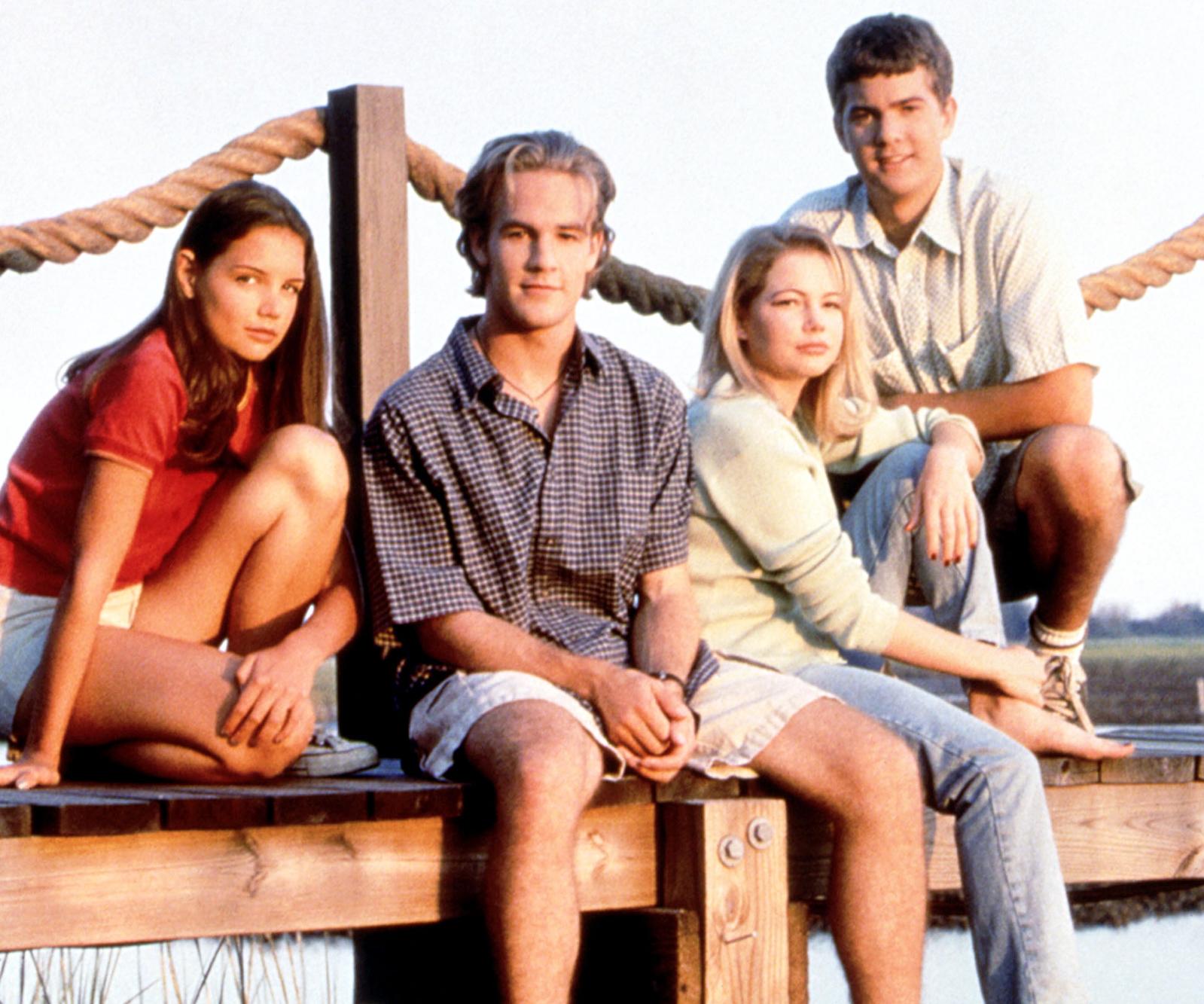 Katie Holmes, James Van Der Beek, Michelle Williams and Joshua Jackson on Season 1 of DAWSON'S CREEK