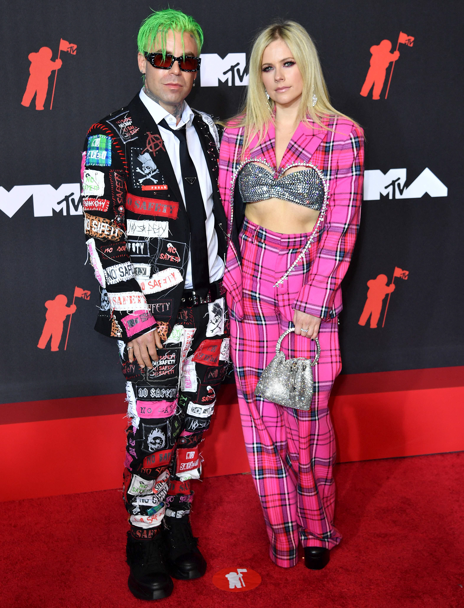 Mod Sun and Avril Lavigne arrive at the 2021 MTV Video Music Awards