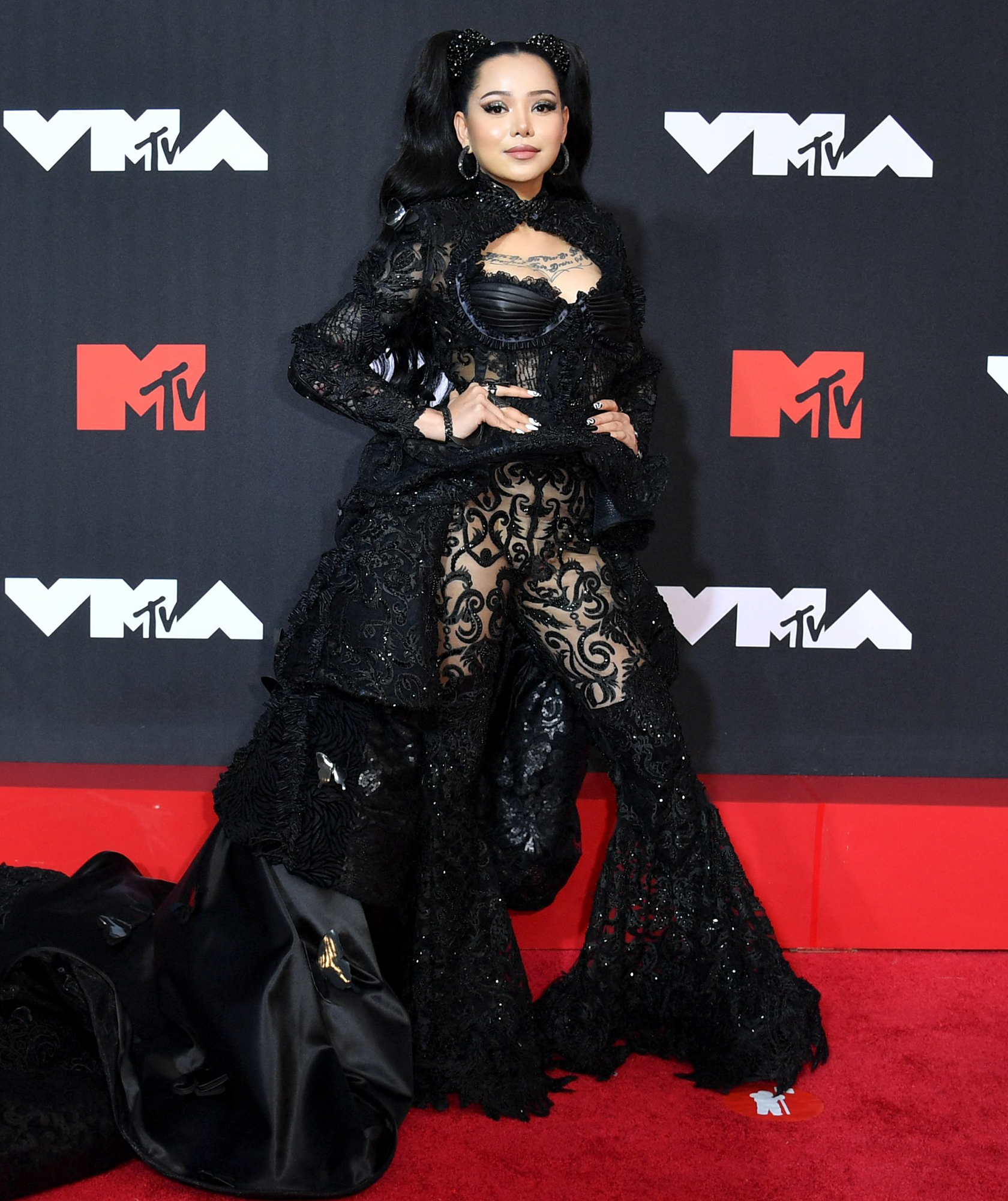 Bella Poarch arrives at the 2021 MTV Video Music Awards