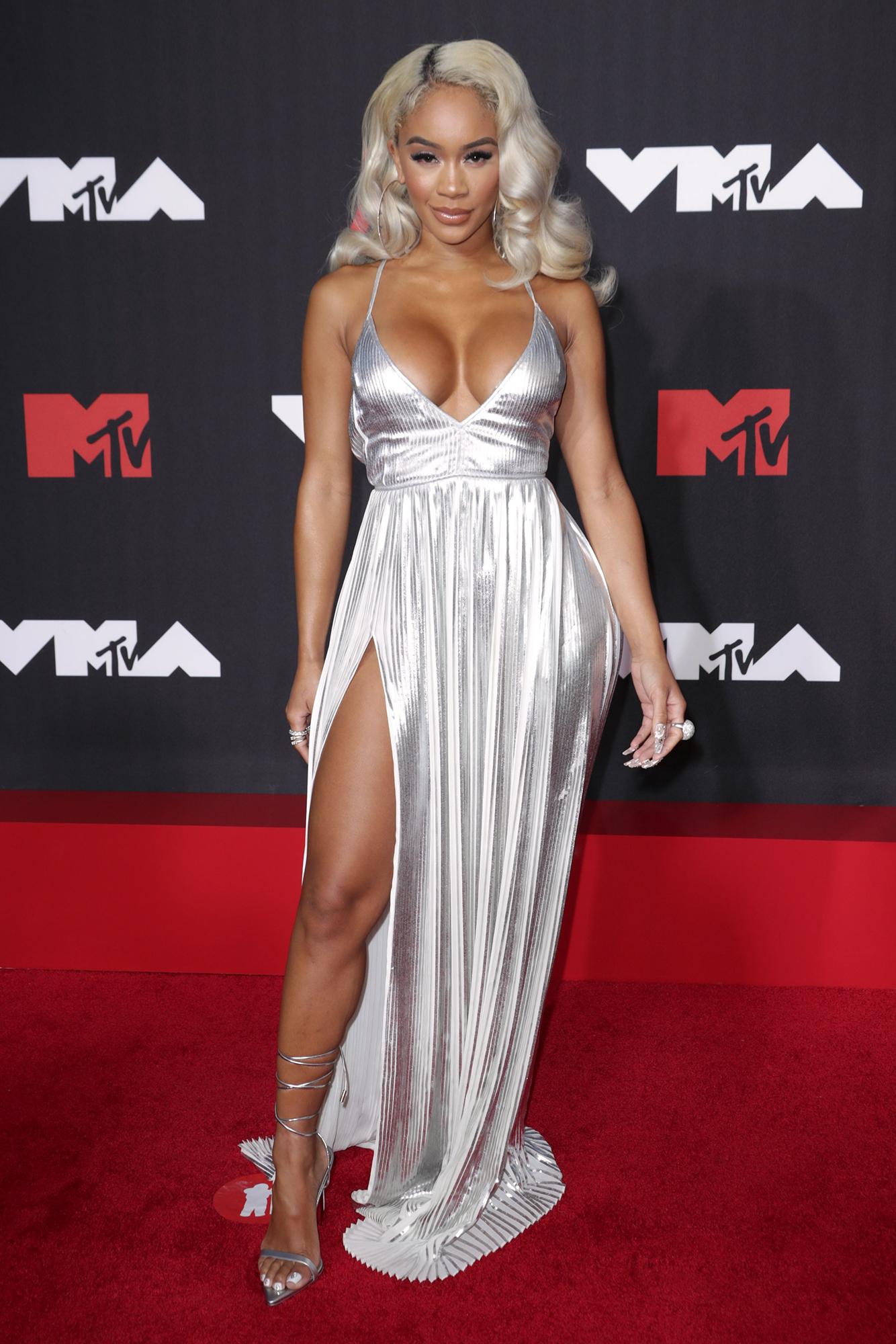 VMA Arrivals