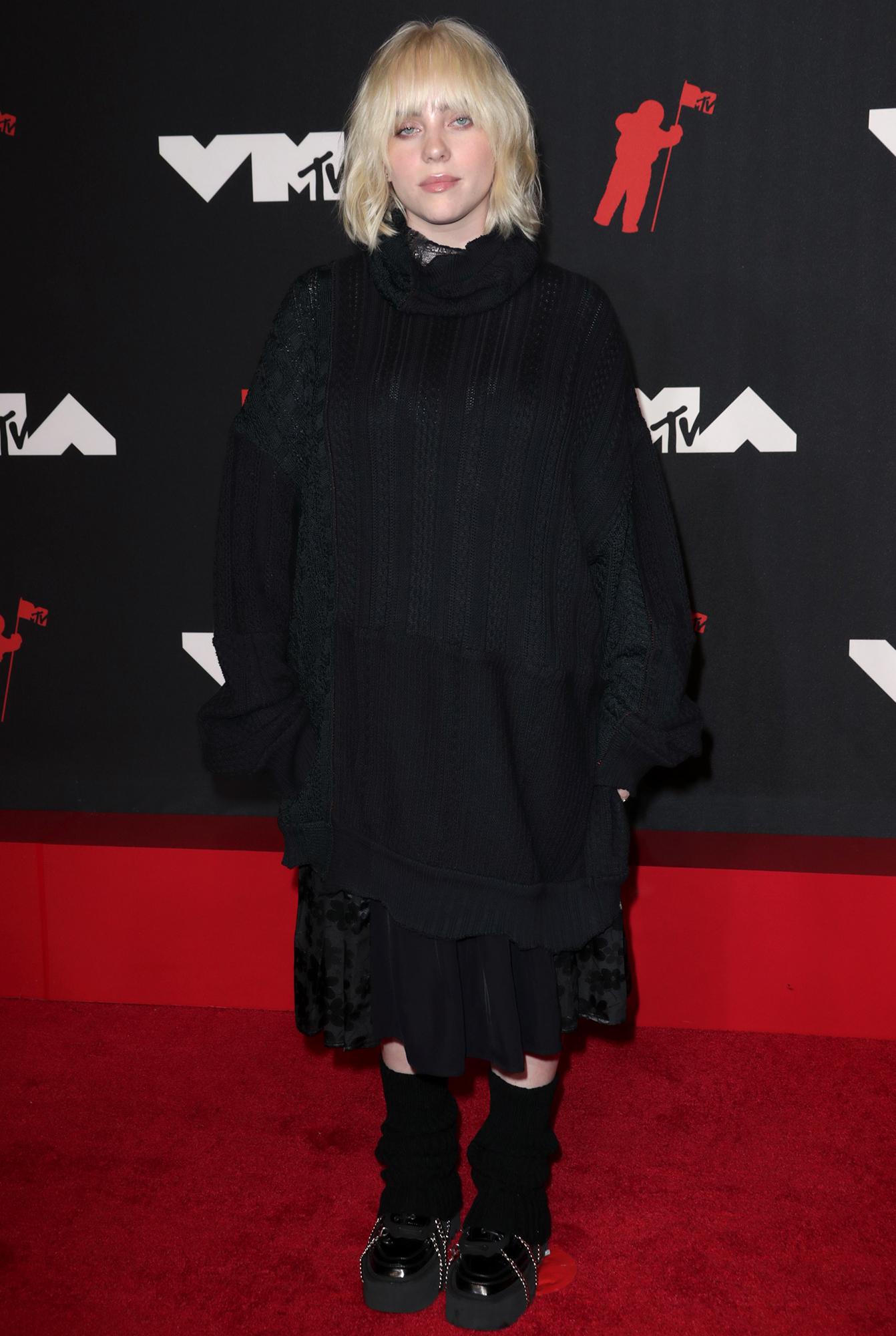 Billie Eilish arrives at the 2021 MTV Video Music Awards