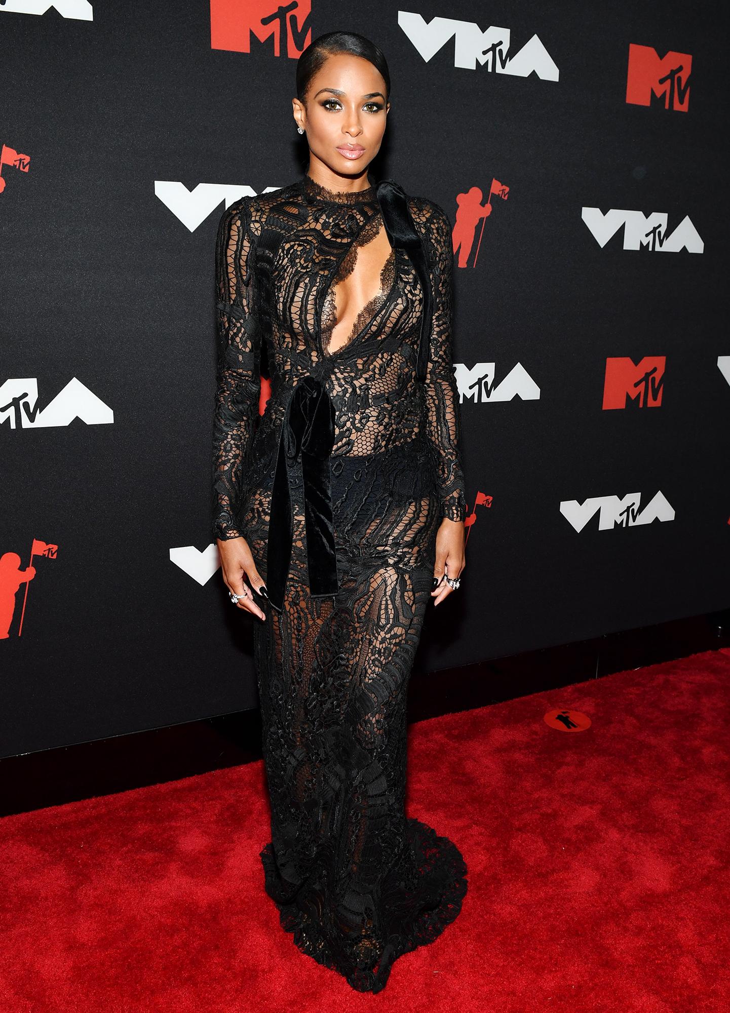 Ciara arrives at the 2021 MTV Video Music Awards