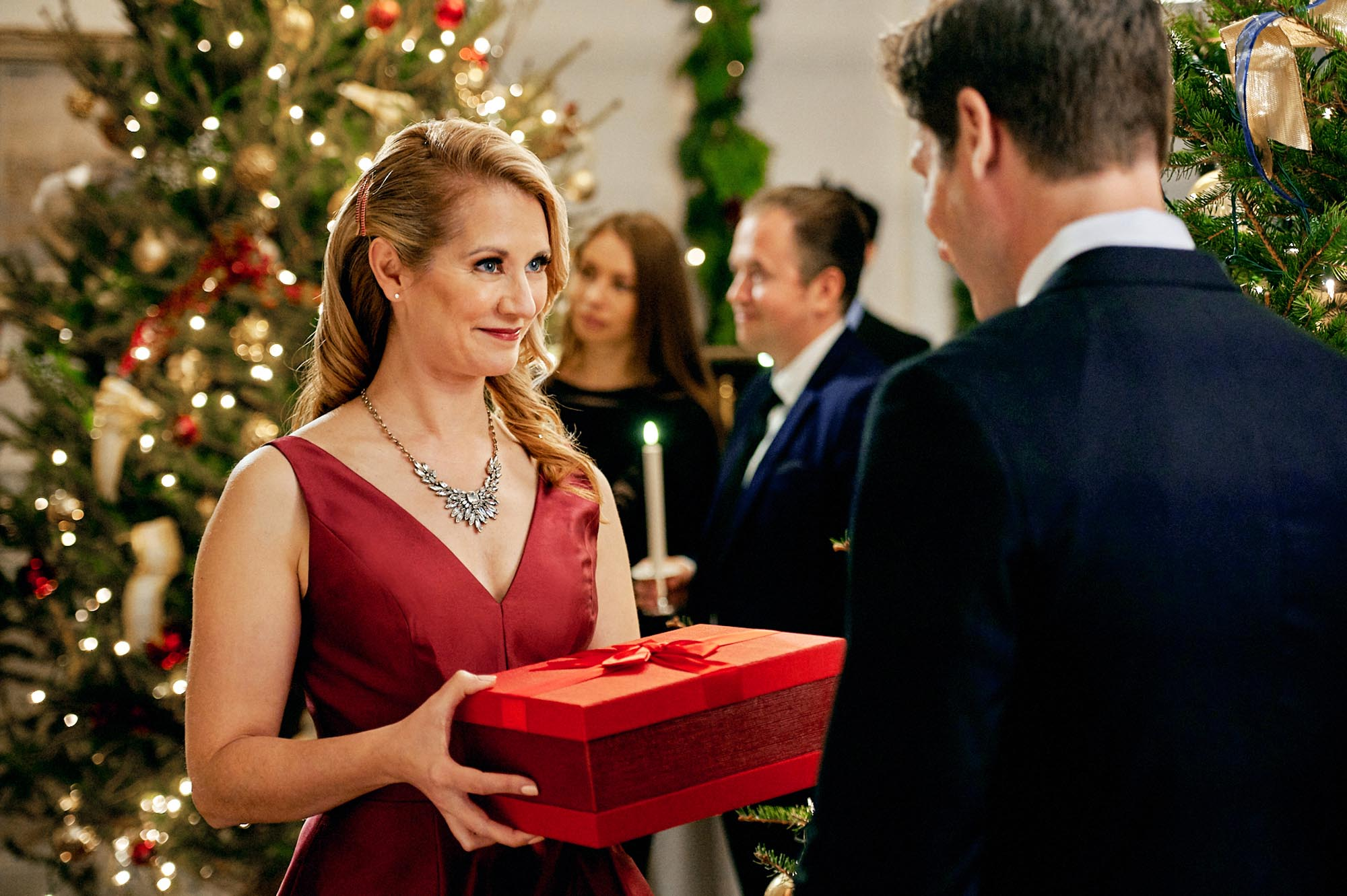 2021 Lifetime Christmas Movies - Match Made in Mistletoe