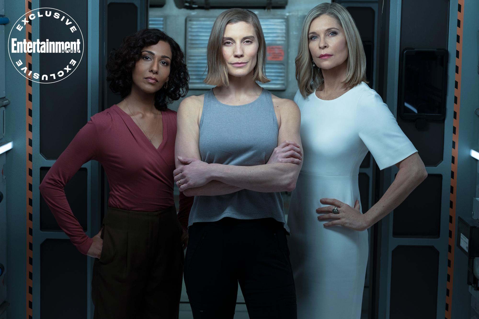 Another Life (L to R). Rekha Sharma as Ursula, Katee Sackhoff as Niko Breckinridge, Kate Vernon as Ava Breckinridge in episode 210 of Another Life.