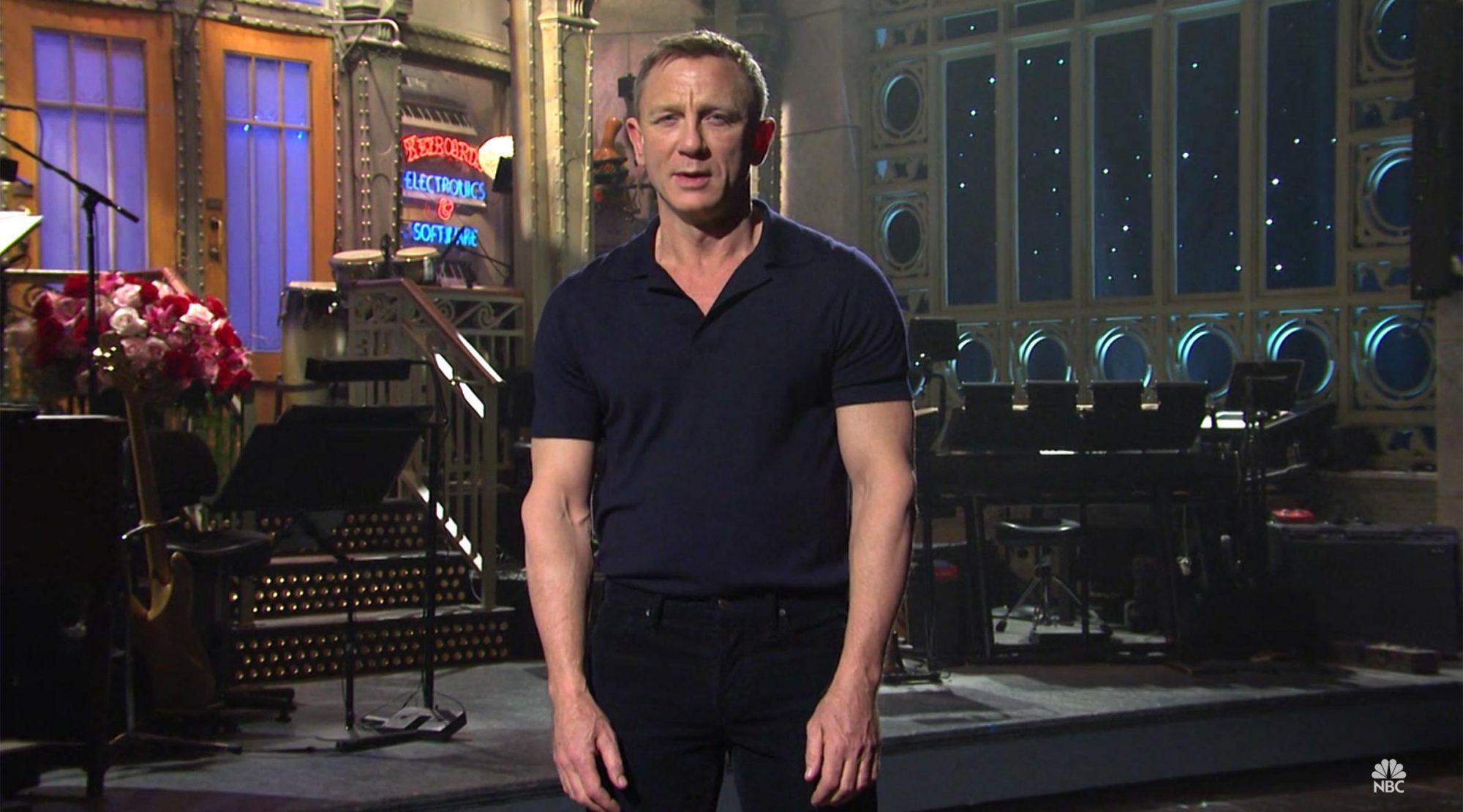 Daniel Craig hosting Saturday Night Live