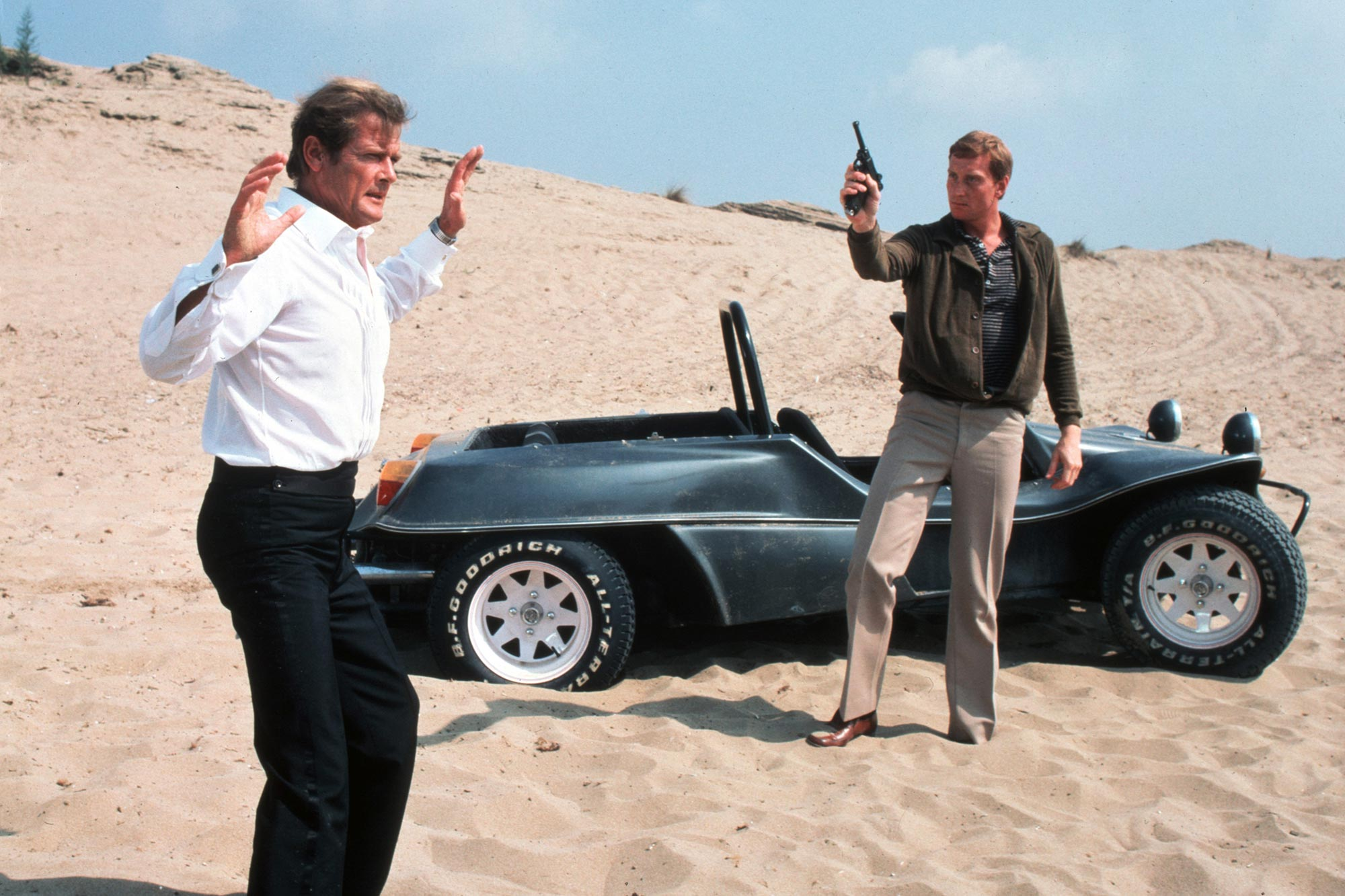 Bond Cameos For Your Eyes Only
