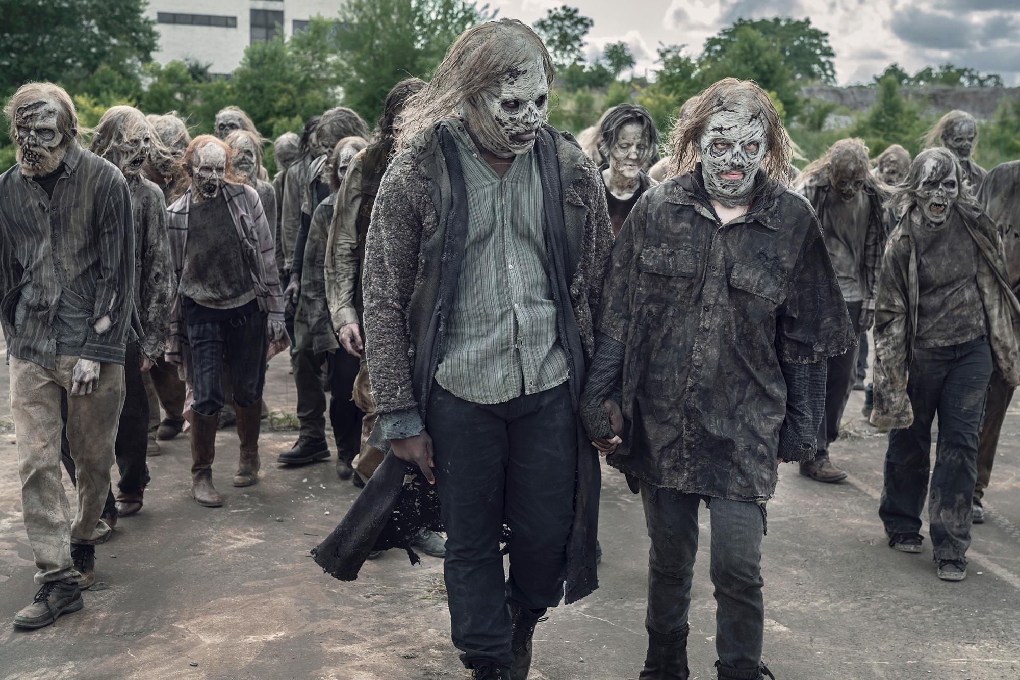 Lauren Cohan as Maggie Rhee, Okea Eme-Akwari as Elijah The Walking Dead Season 11, Episode 7