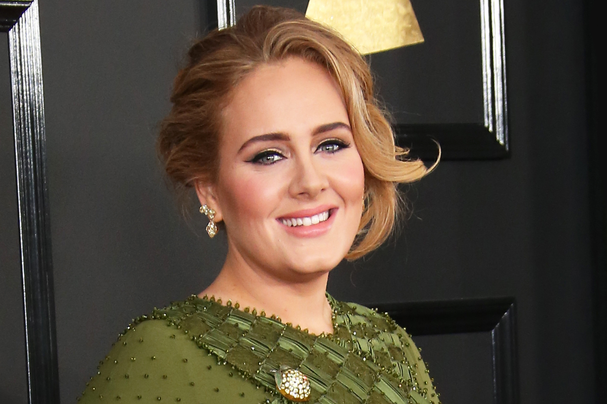Adele arrives at The 59th GRAMMY Awards at Staples Center on February 12, 2017 in Los Angeles, California.