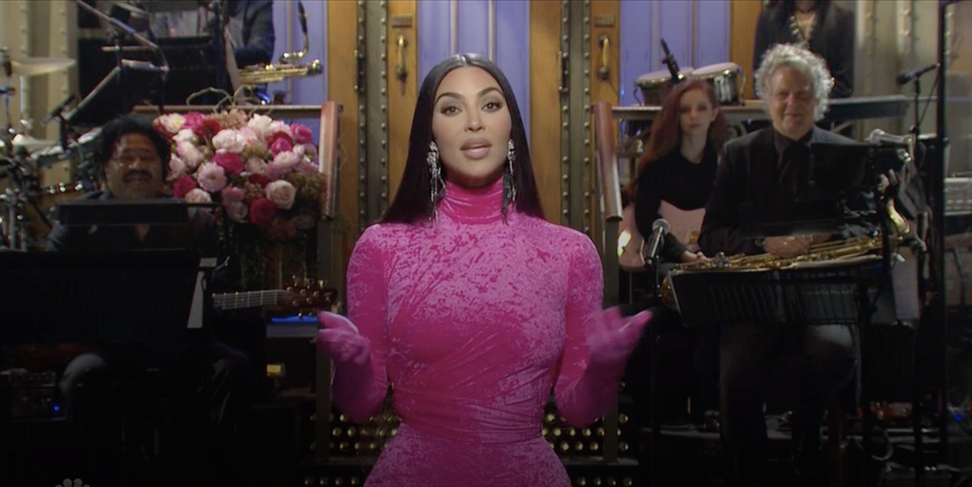 Kim Kardashian West hosts SNL