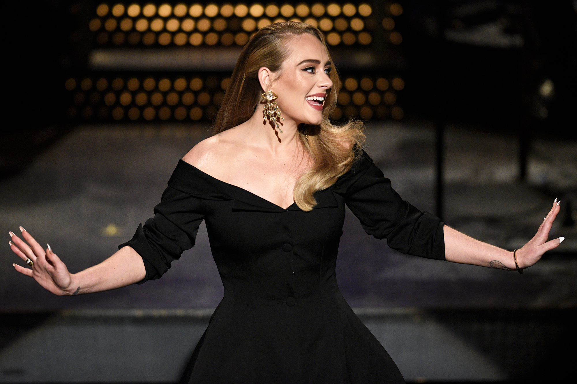 """SATURDAY NIGHT LIVE """"Adele"""" Episode 1789 Pictured: Host Adele during the Monologue on Saturday, October 24, 2020."""