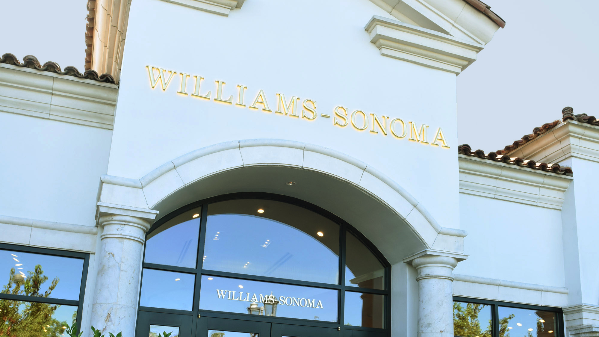 Williams-Sonoma Hiring Work-from-Home Employees