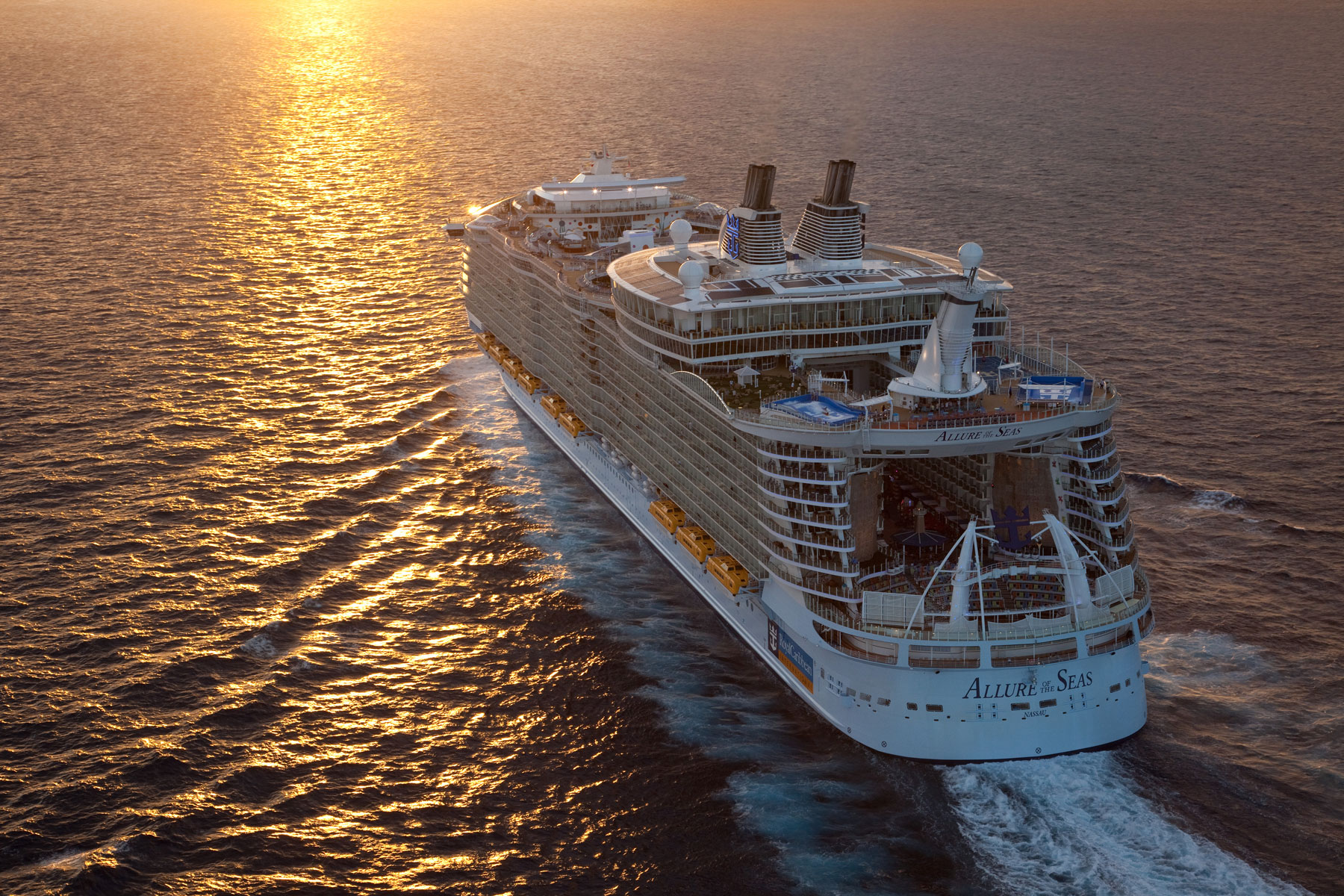 Royal Caribbean 'Allure of the Seas' cruise ship