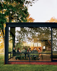 images-sys-200809-a-glass-house.jpg