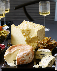 images-sys-200812-a-cheese-party.jpg