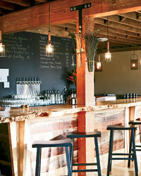 Grain & Gristle showcases local art and local beer.