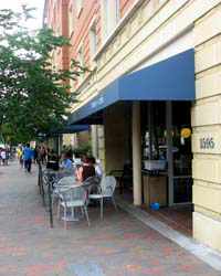 Dog-Friendly Boston: Flour Bakery and Café