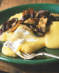 Polenta with Three Scoops of Cheese and Sautéed Shiitakes