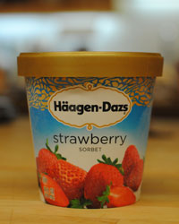 https://www.foodandwine.com/assets/images/201207-a-taste-test-sorbet-haagen-dazs-strawberry.jpg/variations/original.jpg