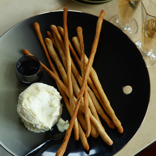 Black-Pepper Breadsticks