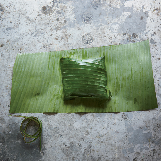 Banana Leaf Wraps: Fold