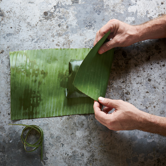 Banana Leaf Wraps: Wrapping