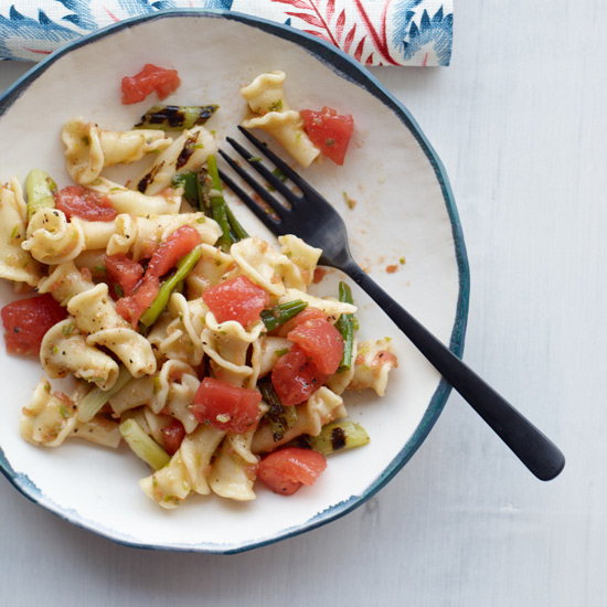 Pasta with Fresh Tomatoes and Grilled Scallions