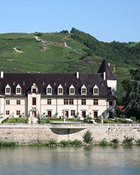 original-201304-a-regional-wine-producers-rhone-valley-e-guigal.jpg
