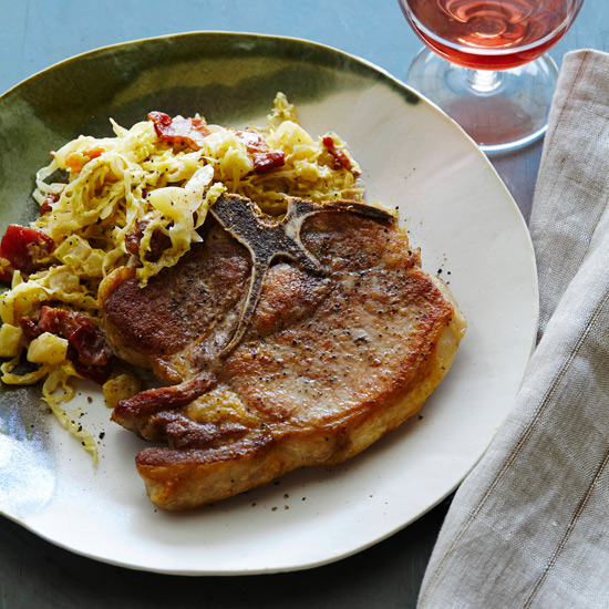 Pan-Roasted Pork Chops with Creamy Cabbage and Apples