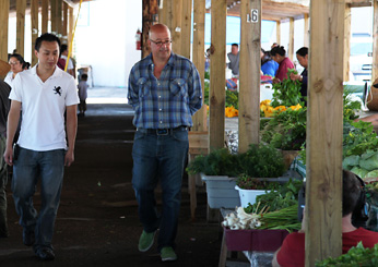 Andrew Zimmern in Minnesota: At the Hmong Marketplace in St. Paul
