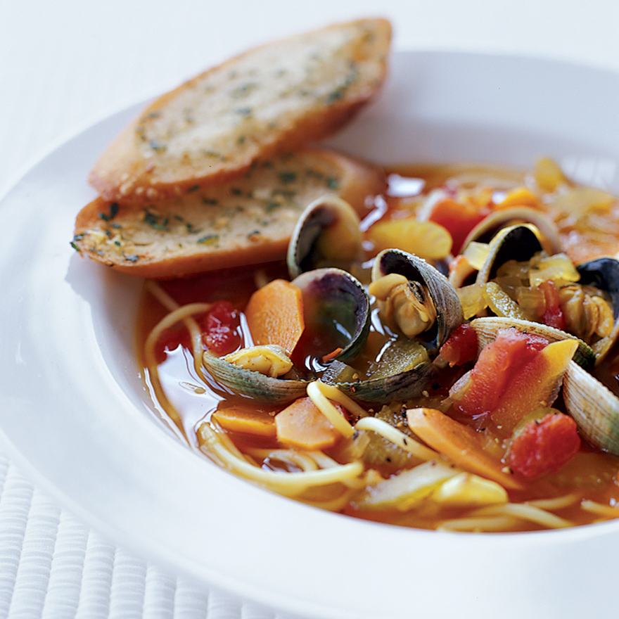 Fresh Clam and Noodle Soup